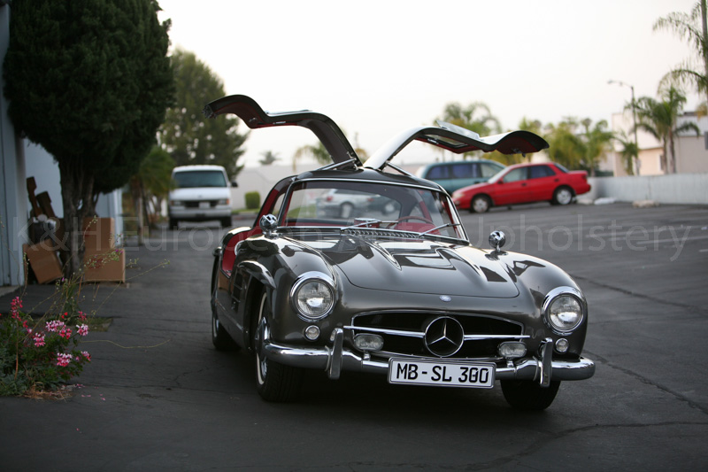 Mercedes 300SL Gullwing Red Interior